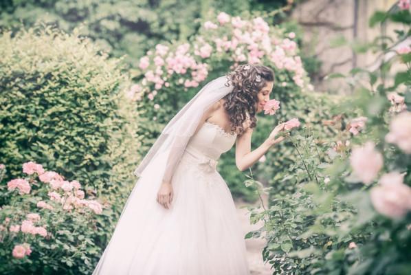 Brautfoto mit Rosen